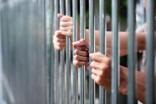 Women_in_prison.jpg