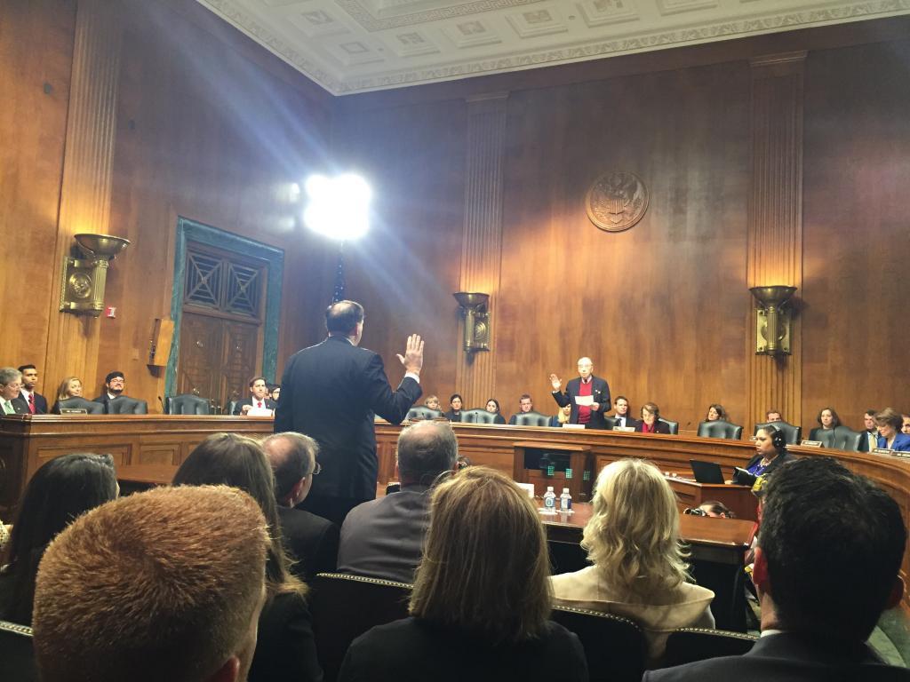 Brennan_sen_judiciary_oath