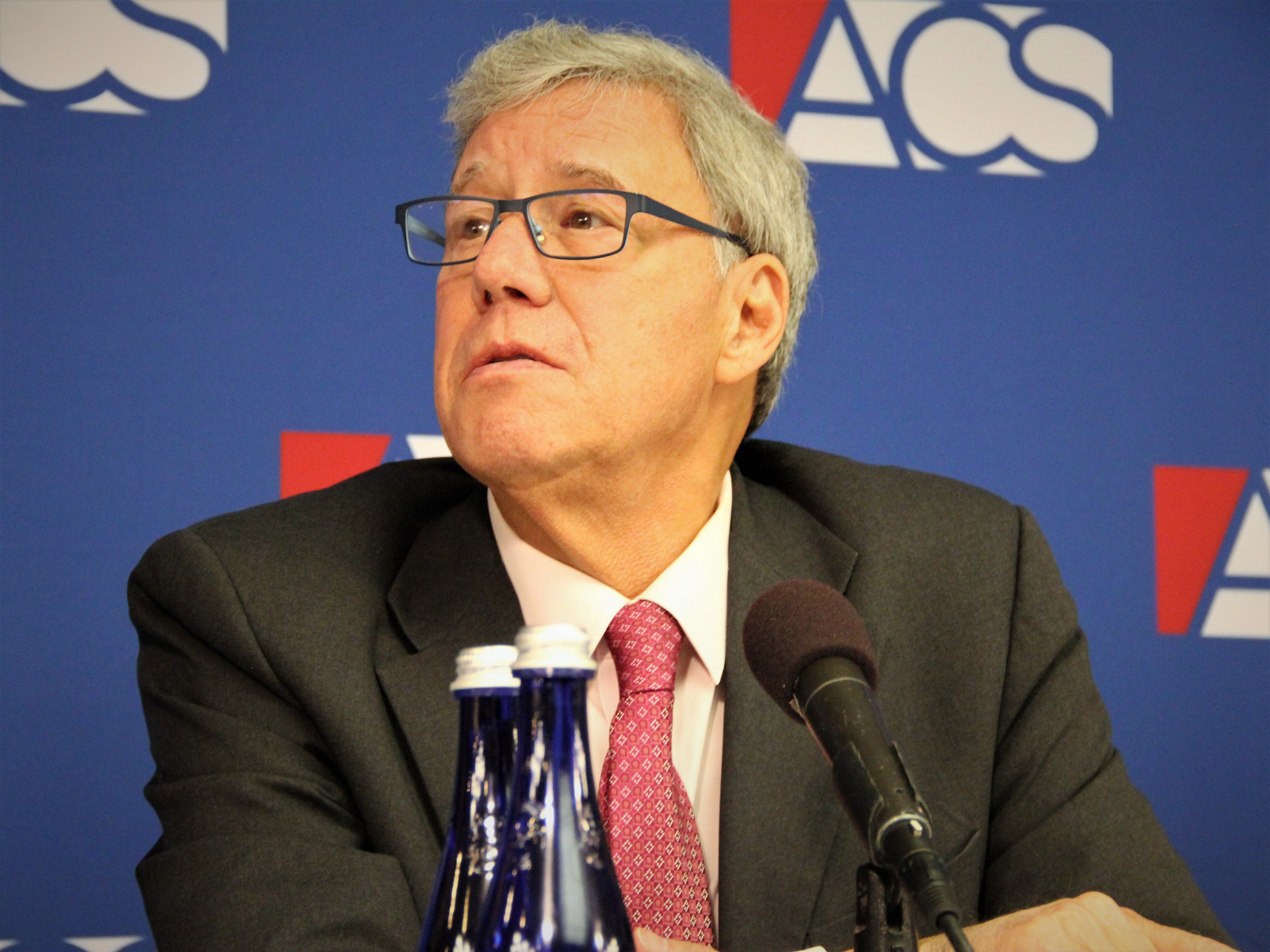 Geoff Stone speaks at the 2018 ACS Supreme Court Preview, September 6 2018